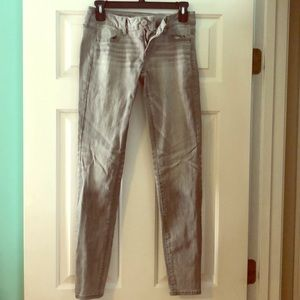 Gray jeggings from American Eagle!